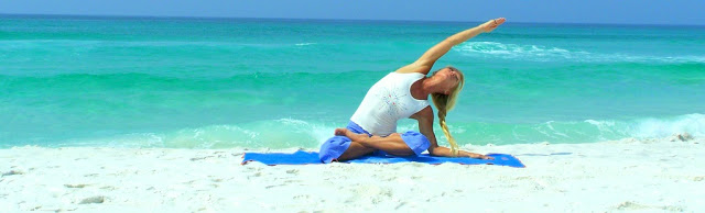 Yoga_Pose_On_Beach